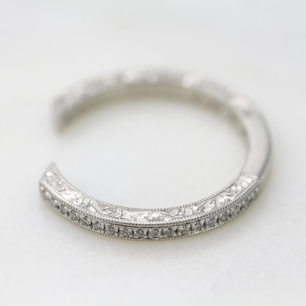 hand engraved wedding band with milgrain