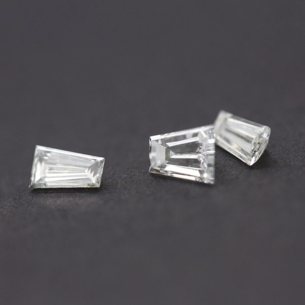 tapered baguette diamonds