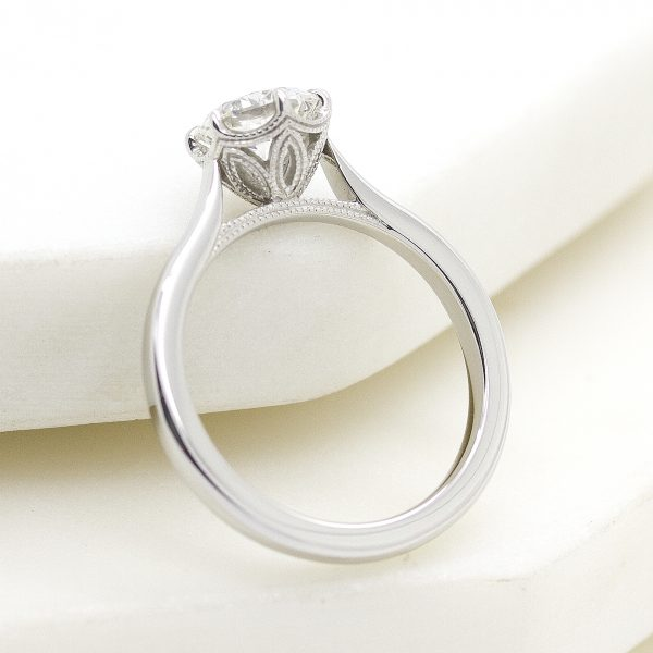 solitaire detailed collet engagement ring2